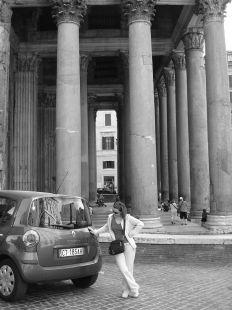Cristina y el Modus en el Panteón de Agripa de Roma