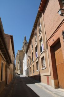 CALLE MEDIANA
