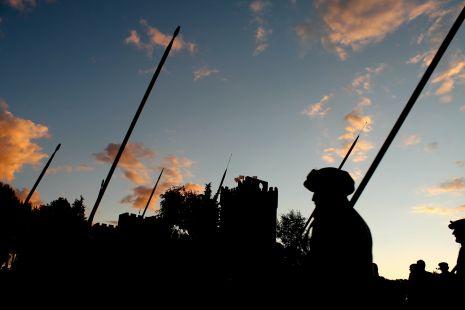 Lanceros en el Castillo de la Mota
