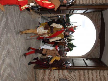 Cambio de guardia en el Castillo de la Mota